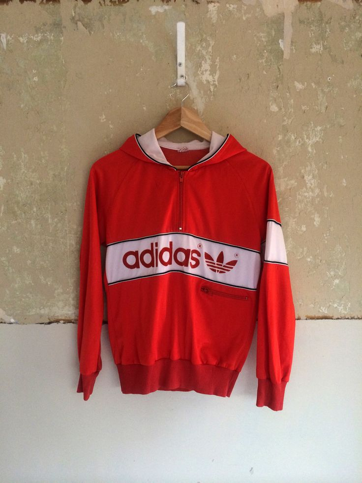 """Rare 60s adidas track top.is 7/10 condition, is showing some signs of wear, the neck draw string is missing and some very light marks on close inspection.Still looks great on.size XXS/XS best suit under a 36"""" chest that desires a skinny fit"""