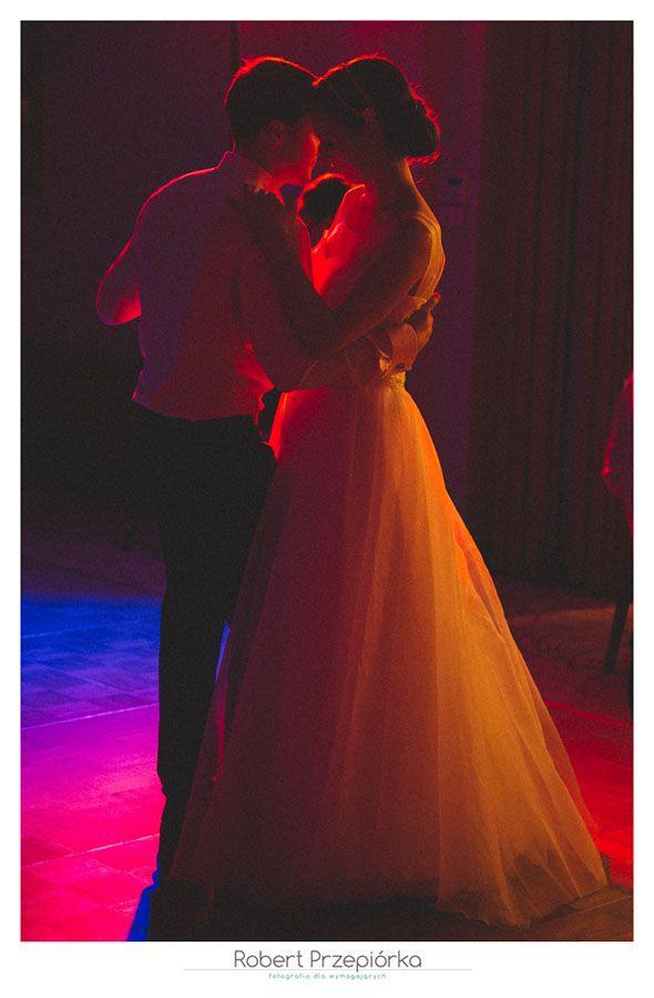 Fotografia ślubna Warszawa fot: Robert Przepiórka  Zdjęcia ślubne Warszawa ślub Ani i Jurka  #FotografiaślubnaWarszawa #zdjęciaślubnewarszawa #weddingphotography #fotografślubnywarszawa #fotografnaślubwarszawa