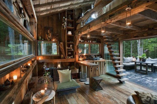 Hütte Wald Einrichtung Ideen rustikal Kerzen recycliertes Holz