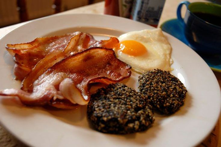 Eat a full Welsh breakfast - complete with laverbread, which is basically seaweed! #bucketlist
