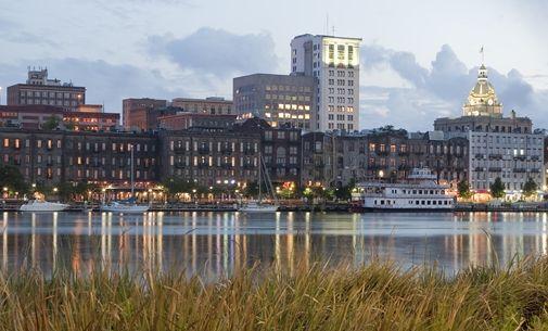 Homewood Suites by Hilton Savannah Historic District/Riverfront Hotel, GA - Savannah Skyline