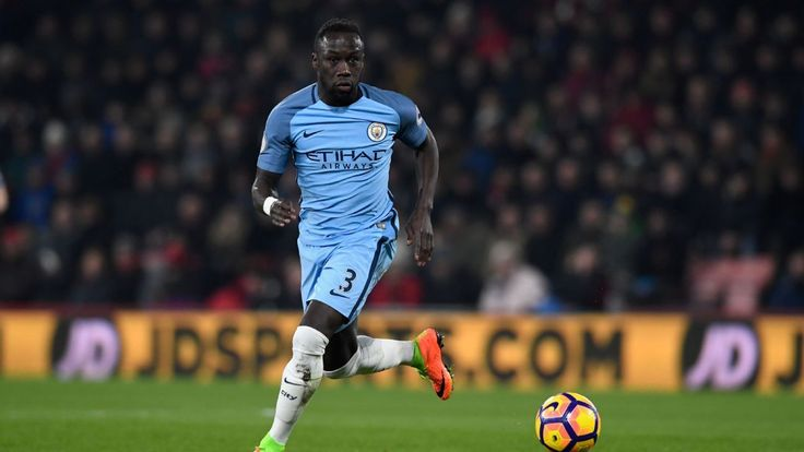 Manchester City's Bacary Sagna admits to uncertain future