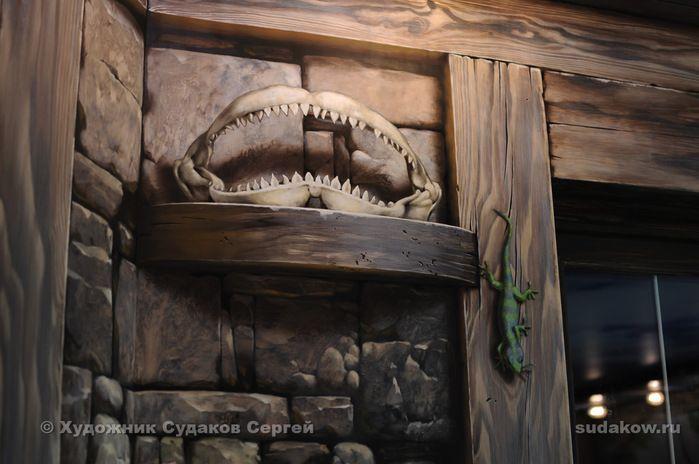 Часть стены между окнами. Обманка - имитация полок (акрил) Сергей Судаков