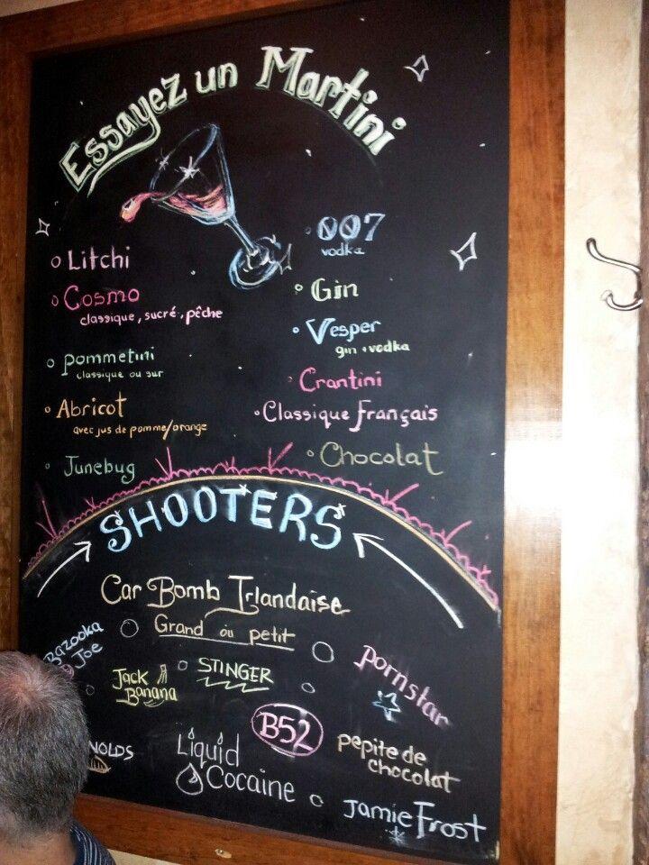 Nextdoor Pub & Grill in Montreal, QC