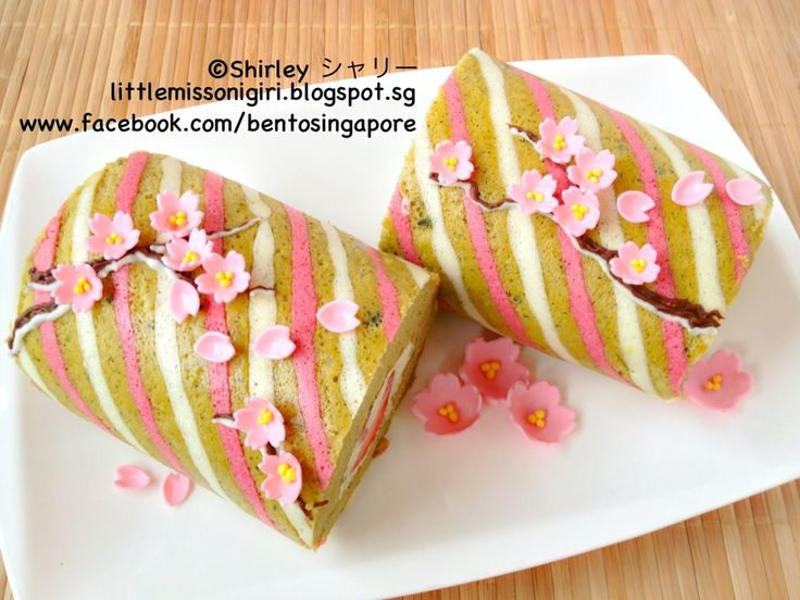 Sakura Matcha Deco Roll Cake  (Bake off the branch and diagonal lines then add blossoms  after rolling it up)