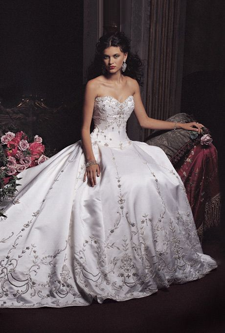 Amalia Carrara Wedding Dresses | Brides.com