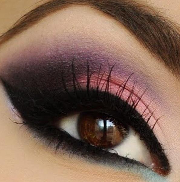 Eyeshadow and eyelashes <3