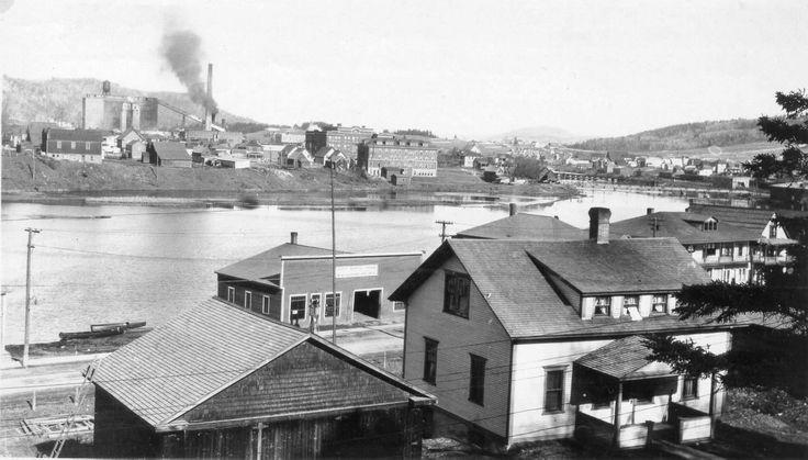 Usine Fraser, Madawaska Inn, rue Victoria et rivière Madawaska