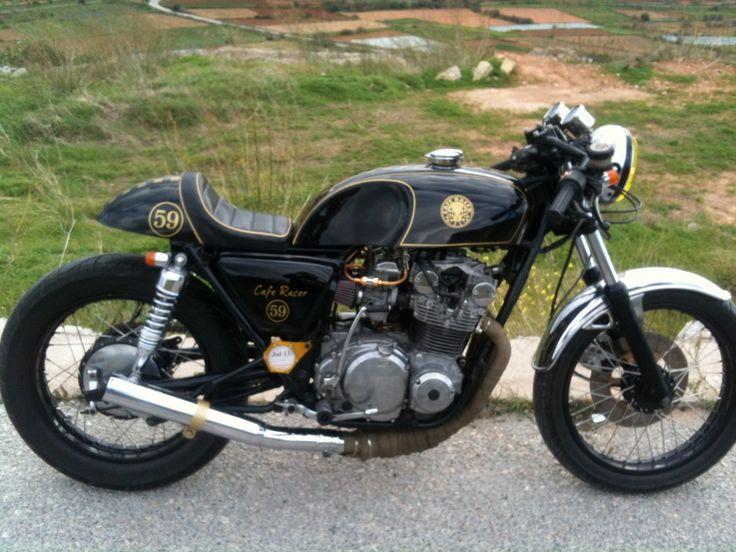 17 best images about moto suzuki on pinterest classic. Black Bedroom Furniture Sets. Home Design Ideas