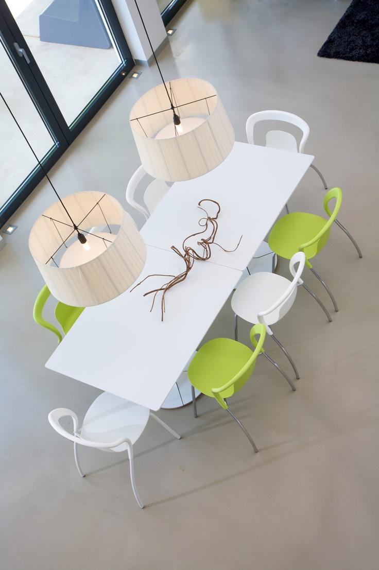 Einn Chair & Una table. Decor Ideas. #InteriorDesign