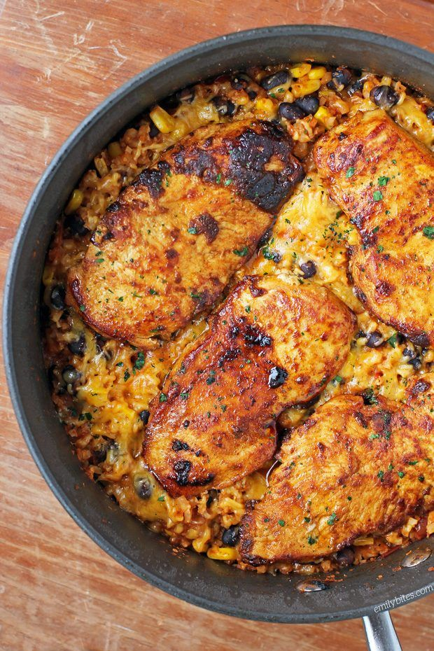 This Mexican Chicken Cauliflower Rice Skillet is a healthy, flavorful one-pot meal that's perfect for weeknights! Just 316 calories or 7 Weight Watchers SmartPoints per serving. www.emilybites.com