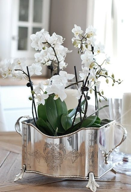 47 Flower Arrangements For Spring Home Décor - DigsDigs
