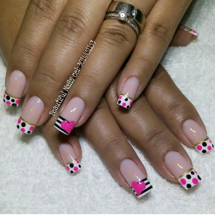 Vɨʋɨaռa | princess Royal punk and white nail art
