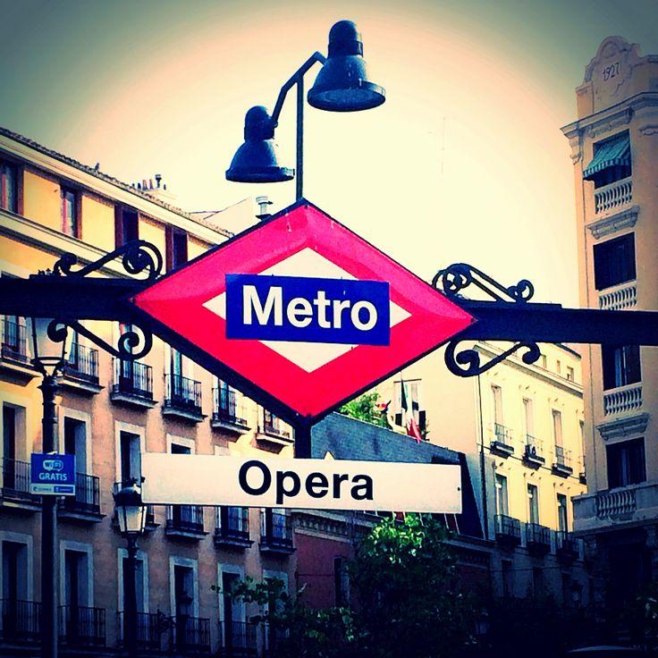 Metro opera Madrid