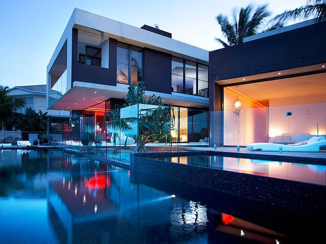 Sunshine Beach House - price on application - 4 bed - sleeps 8