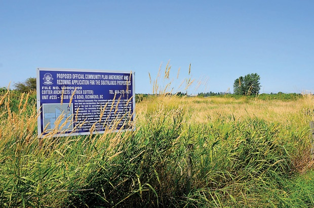 Civic politicians have instructed staff to draft a report on giving the Southlands development proposal preliminary approval.