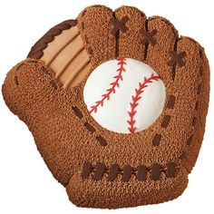 Commemorate your favorite team?s Opening Day, the first Little League game, or a baseball fanatic?s birthday with a cake designed to catch everyone?s interest. The Baseball Mitt pan creates this detailed shape with ease!