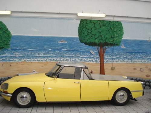 1970 Citroen DS 21 Pickup #OttoSteininger @OttoSteininger via  @Woody Pirtle