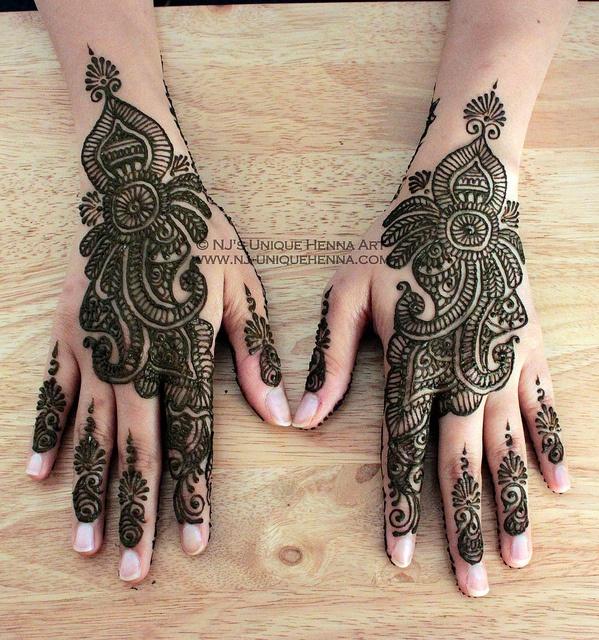 Henna...gorgeous!