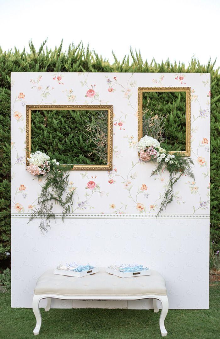 Elegant wall photobooth. Outdoor wedding