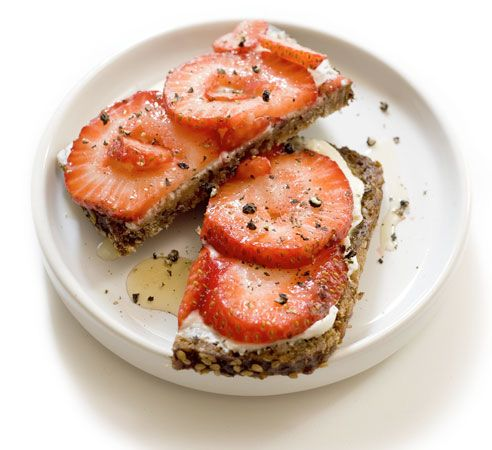SM's 40 Favorite Snacks Under 100 Calories  | Skinny Mom | Where Moms Get The Skinny On Healthy Living