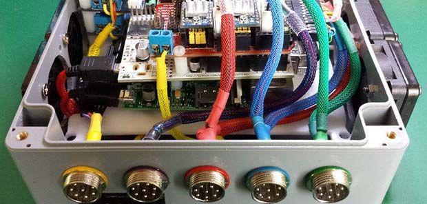 THE PI CNC CONTROLLER