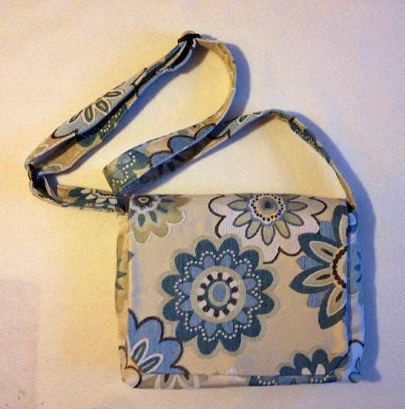 Mesenger Bag by StitchingNeedle on Etsy