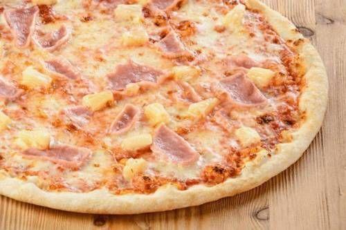 Пицца «Гавайская» - классический рецепт / Простые рецепты