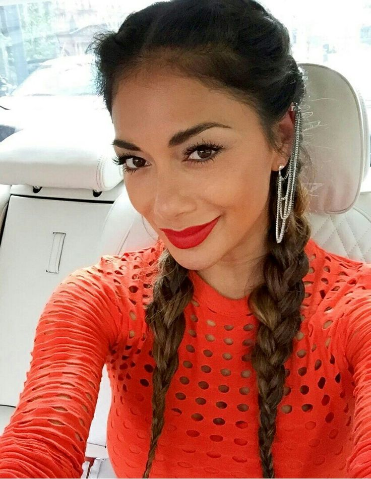 Cliphairs Stylists Run The Rule Over X Factor Judge And Absolute Babe Nicole Scherzinger Show You How To Wear Your Hair Just Like This Pussycat