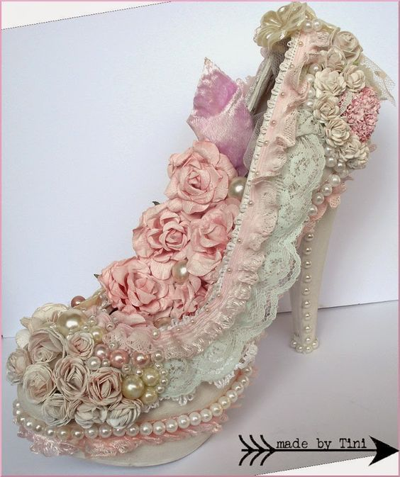 Altered Shoe Shabby Chic Style - Arts by Tini