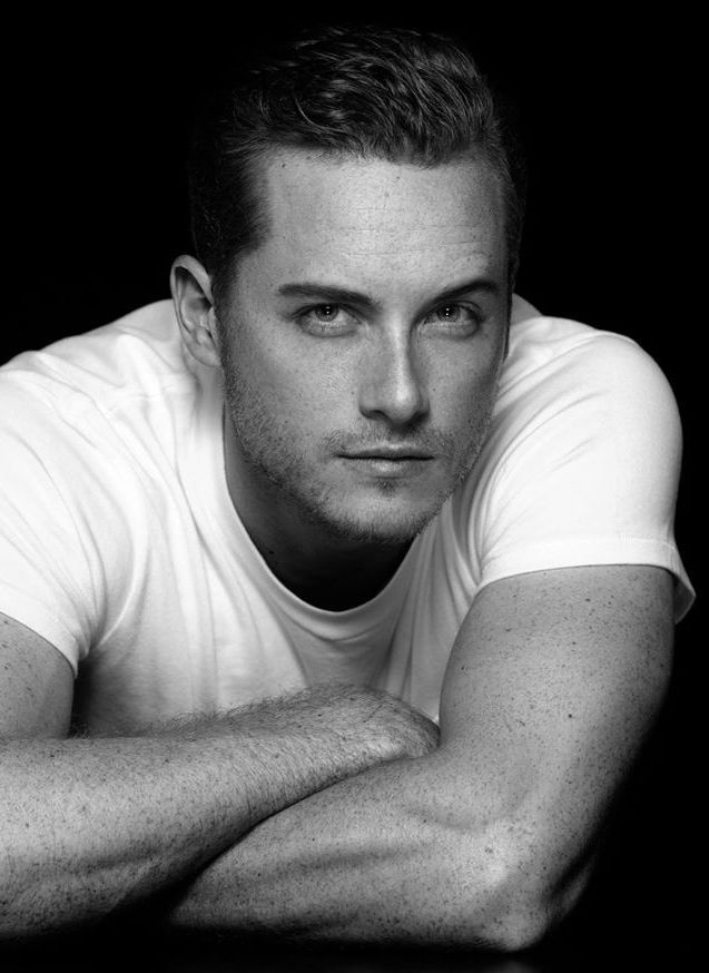 Jesse Lee Soffer (Jay Halstead) from Chicago PD.He also played Will Munson from As the World Turns.