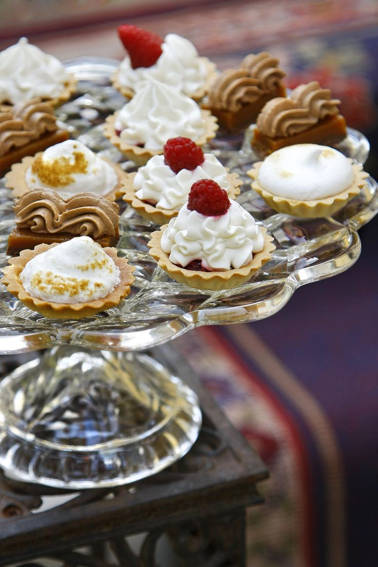 nekedcake cake for party, finger food, wedding, Budapest