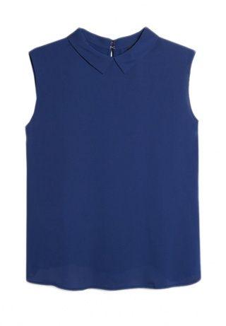 Струящаяся блузка без рукавов. Рубашечный воротник, сзади застёжка в форме слезы. http://j.mp/1nlspgL