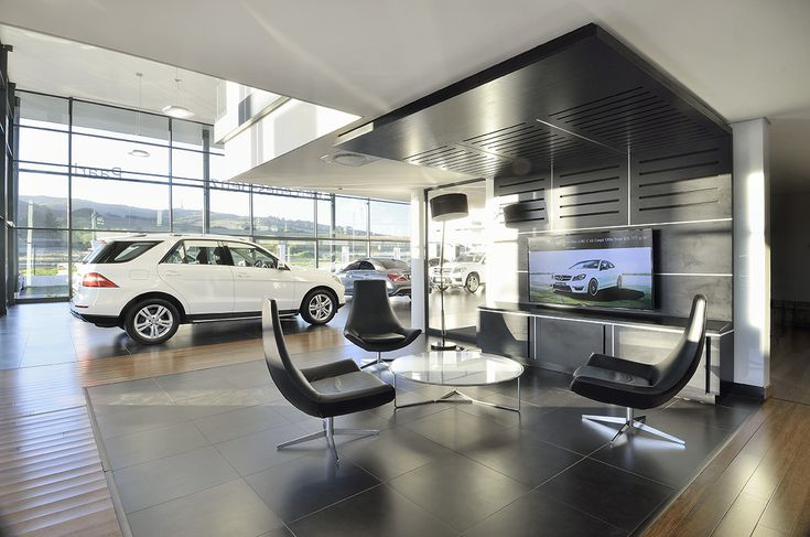 Mercedez-Benz passenger vehicle showroom and service facility