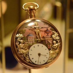 starožitné kapesní hodinky della