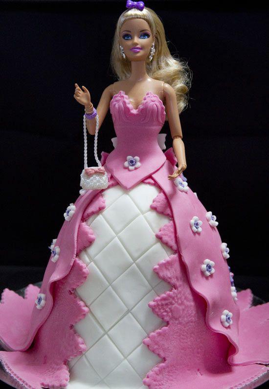 Cake Design Torta Barbie : 1000+ images about torte barbie on Pinterest Cake boss ...