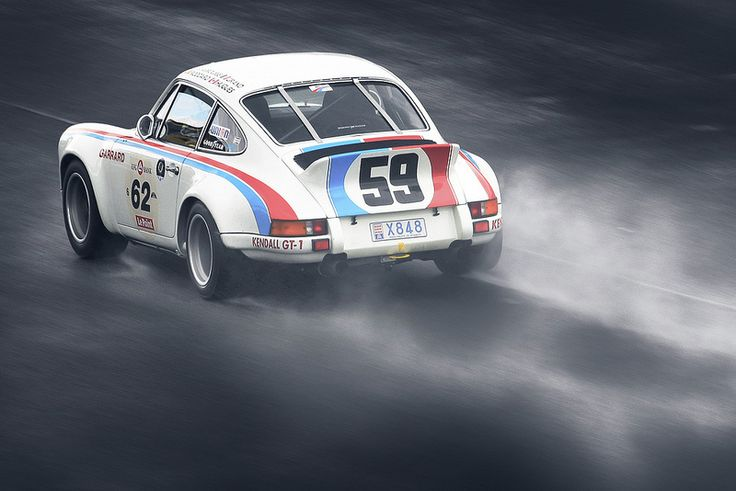 Porsche 911 2.7RS (by Rupert Procter) Action from the 2012 Le Mans Classic weekend.