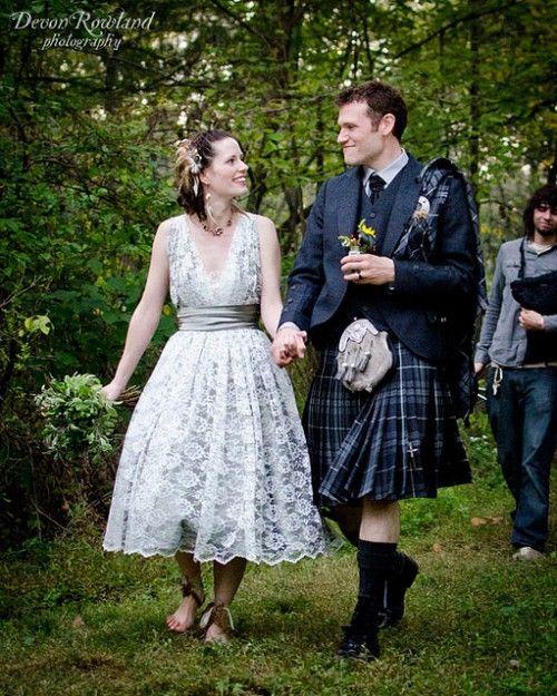 i love her dress. JD is too Australian to pull off an irish wedding..lol