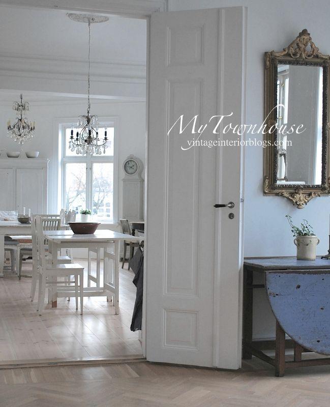 Vintage Interior -