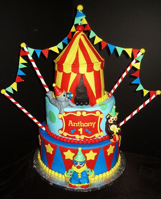 circus theme cakes | Circus-Themed Birthday Cake | Flickr - Photo Sharing!