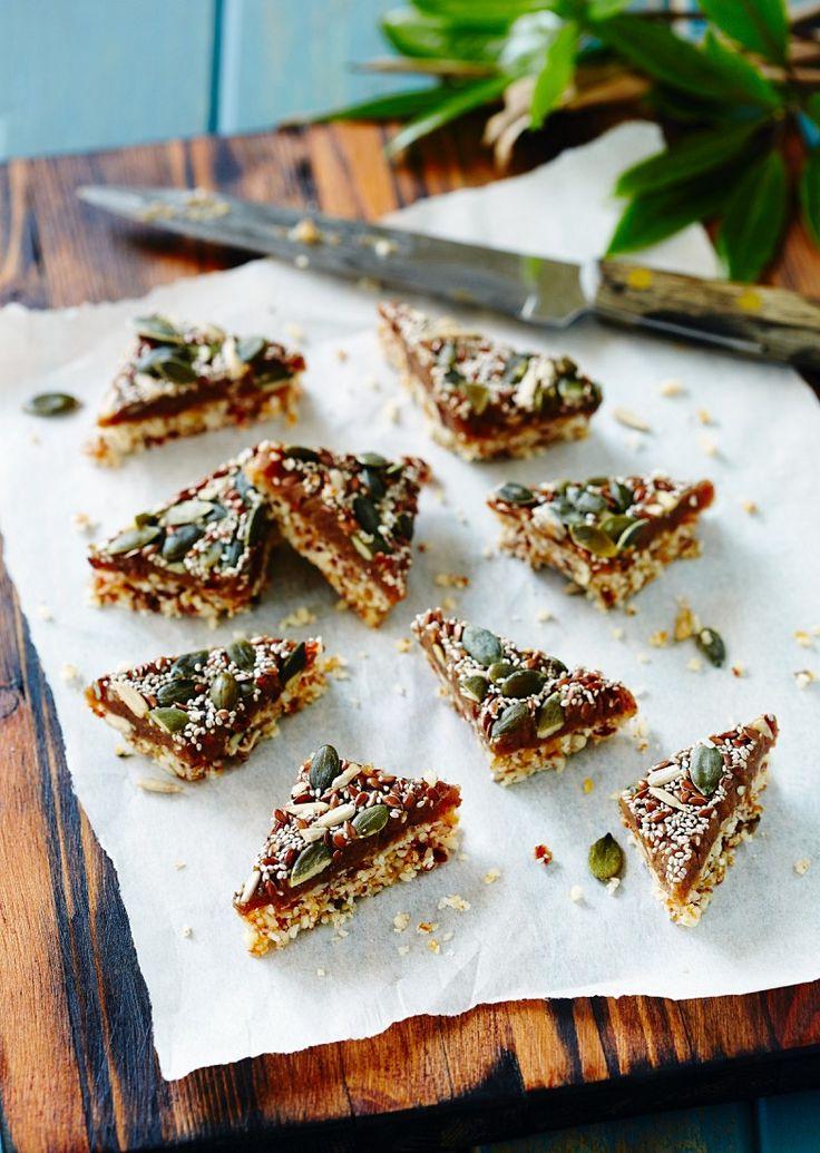 So gerne hast du noch nie Müsliriegel genascht! Selbst gemachte Müsliriegel mit Amaranth udn Kürbiskernen | http://eatsmarter.de/rezepte/muesliriegel-mit-amaranth-udn-kuerbiskernen
