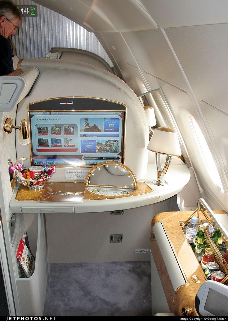 emirates a380 first class airports more pinterest flugzeug luxus und urlaub. Black Bedroom Furniture Sets. Home Design Ideas
