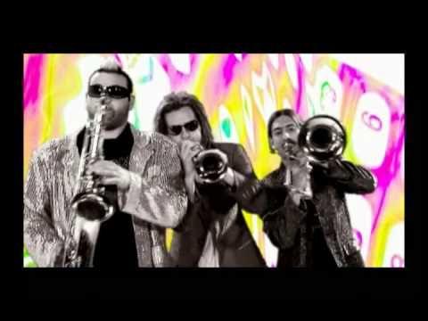 Canción con la que se dieron a conocer Los Caligaris en México <3