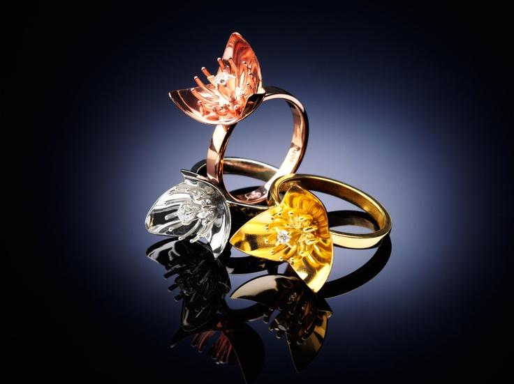 Ines rings. Elegant.
