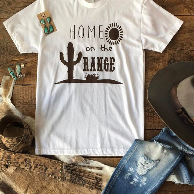 The Range tee capturing our hearts just right -- one of our favorite places to be! #homeontherange #favoriteplace #savannahsevens #savannah7s