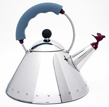 Alessi kettle: iconic design from architect Michael Graves in dating to 1983.