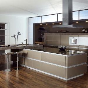 die besten 25 k che neue fronten ideen auf pinterest pantry k che insel bad salzuflen und. Black Bedroom Furniture Sets. Home Design Ideas