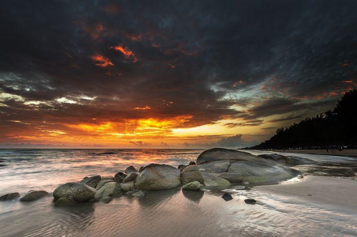 Photograph Tropical beach at sunset by jassada  wattanaungoon on 500px