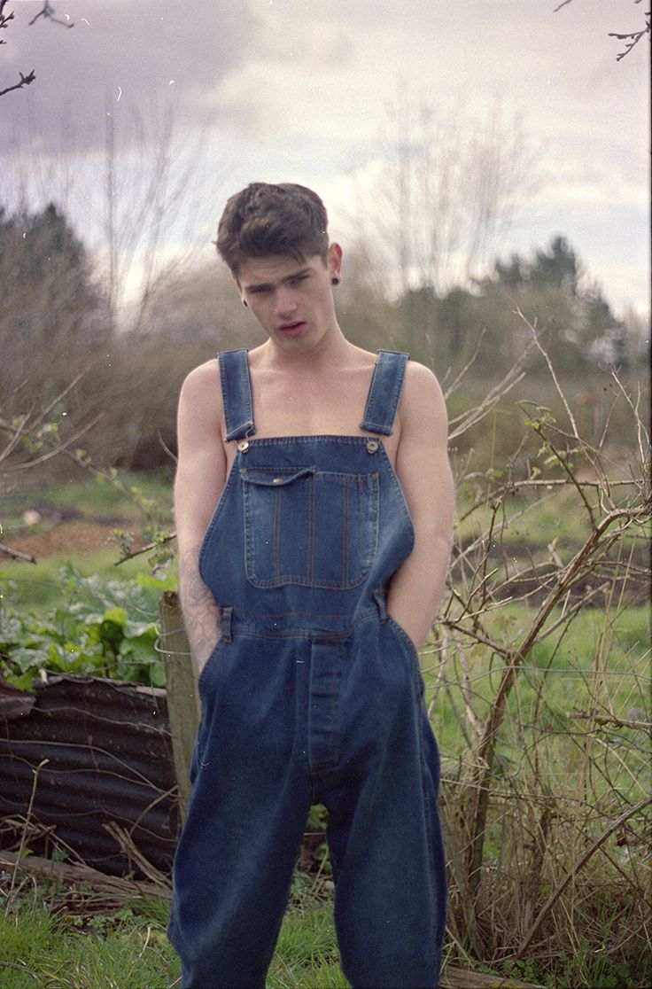 Pointer and Ben Davis are companies that have been making overalls for forever for guys that actually need them for on-the-job. Their authentic models worked back then, and they definitely work now.