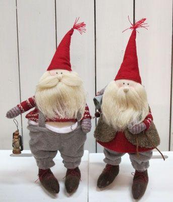 Aikamiestontut valmiina uusiin kohteisiin! #joulutonttu